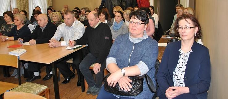 Nie chcą dwóch szkół podstawowych w Żerkowie - Zdjęcie główne