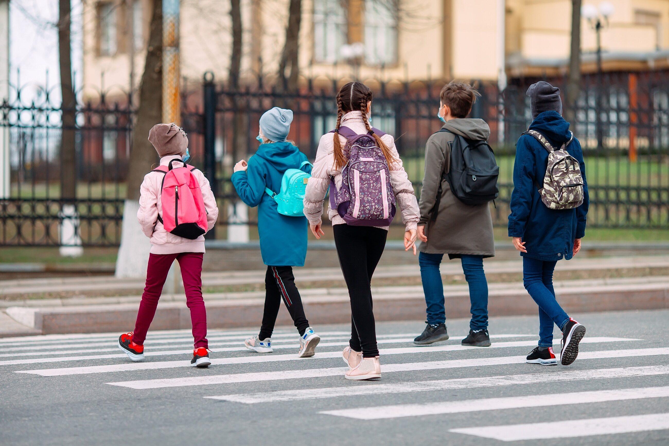 65 procent nauczycieli zapisało się na szczepienia. Kiedy uczniowie wrócą do szkół? - Zdjęcie główne