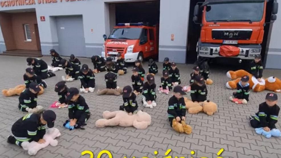 Uczyli się ratować życie. Nagrali film. OSP Golina wygrała konkurs [WIDEO]  - Zdjęcie główne