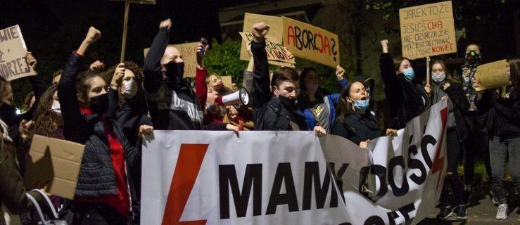 Jarocin. Dzisiaj kolejny protest kobiet  [WIDEO, GALERIA] - Zdjęcie główne