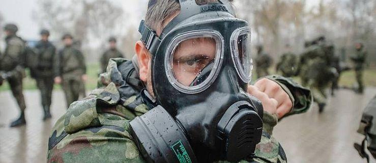 Wojsko zabezpieczy transport 28 zarażonych do szpitala w Poznaniu - Zdjęcie główne