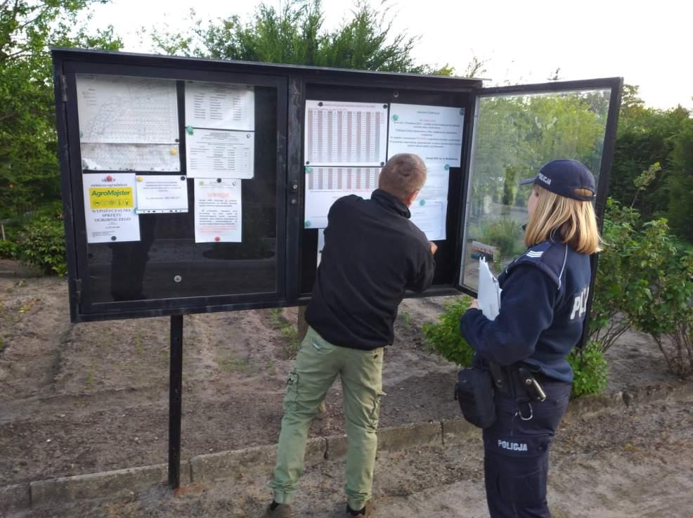 Jarocińska policja rozwiesiła klepsydry. Dlaczego?  - Zdjęcie główne