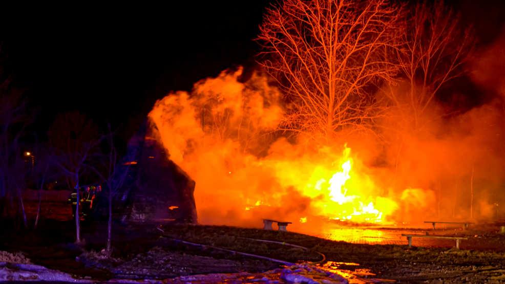 Wigwamy spłonęły doszczętnie. Postawią nowe  - Zdjęcie główne
