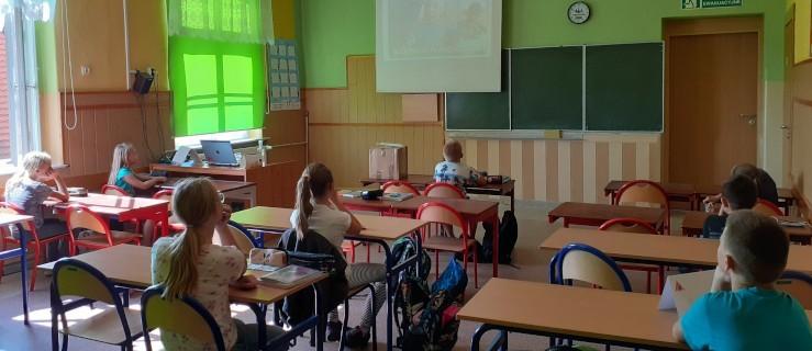 Matematyka inaczej, czyli uczniowie jarocińskiej dwójki w programie Abakus [ZDJĘCIA] - Zdjęcie główne