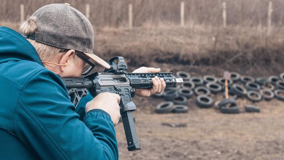Dlaczego ludzie zbierają broń? Kto może ją posiadać? - Zdjęcie główne