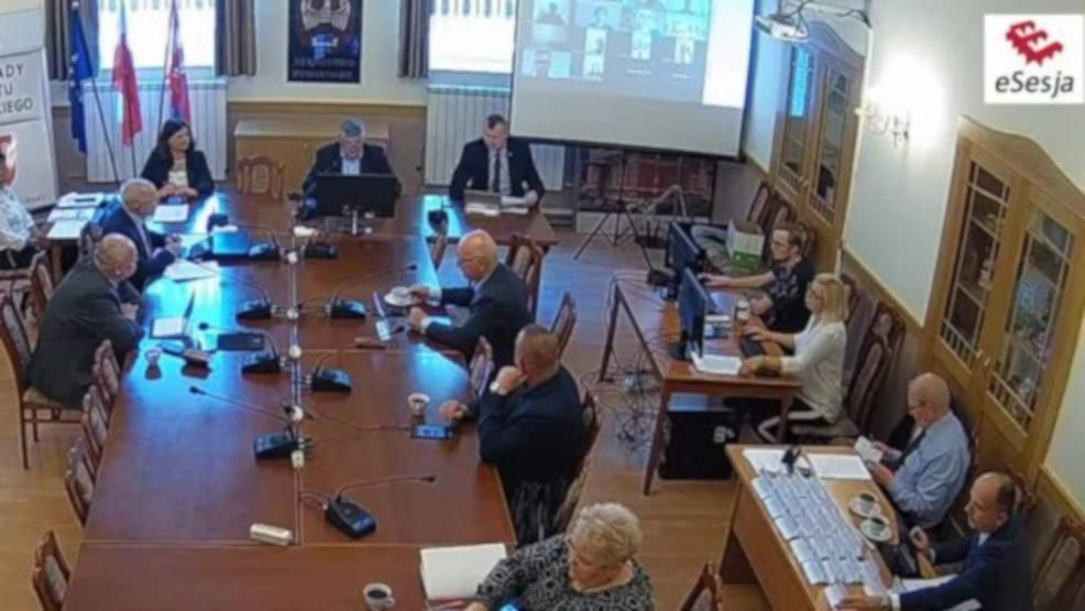 Pierwsze posiedzenie Rady Powiatu Jarocińskiego po wakacjach. W programie siedemnaście punktów - Zdjęcie główne