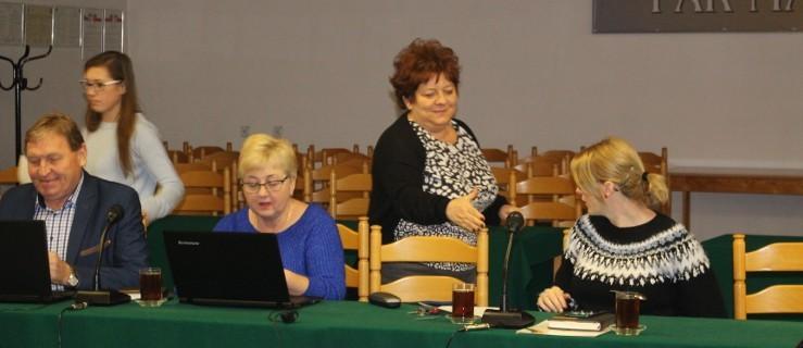 Ta decyzja radnych będzie miała wpływ na domowe budżety mieszkańców  - Zdjęcie główne