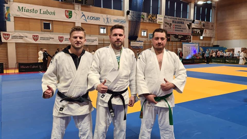Ippon z medalami Mistrzostw Polski weteranów w judo - Zdjęcie główne