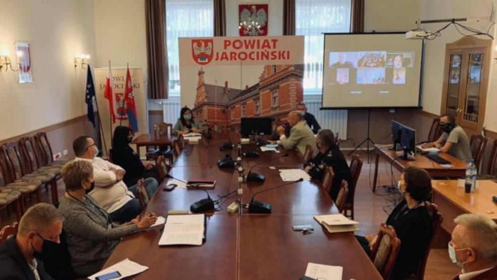Sytuacja jarocińskiego szpitala na posiedzeniu rady powiatu - Zdjęcie główne