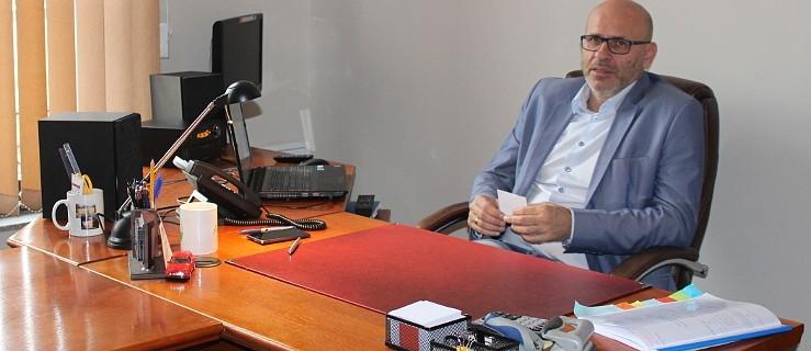 Były dyrektor ma wrócić do pracy z dużym odszkodowaniem [SONDA] - Zdjęcie główne