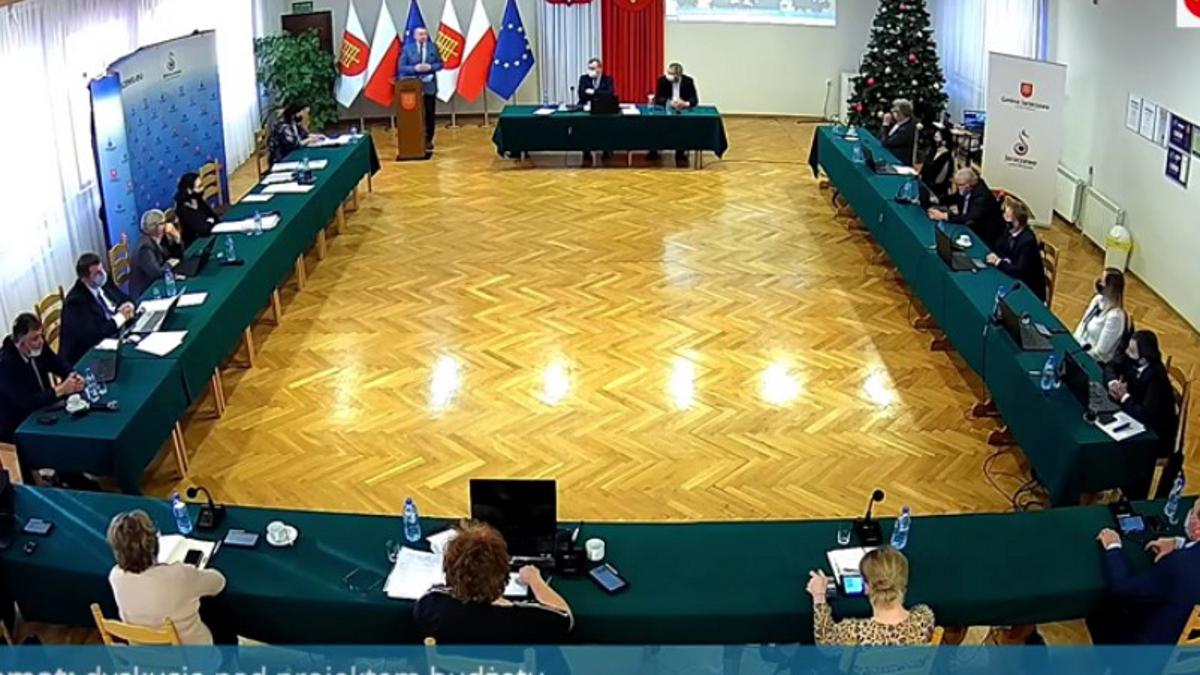 Zamaskowani radni zasiądą w sali sesyjnej - Zdjęcie główne