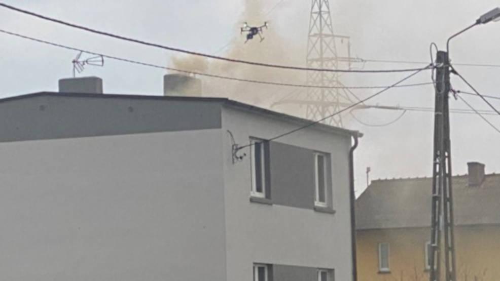 Jarocin. Dron nad kominami i patrole antysmogowe - są już efekty ich działań  - Zdjęcie główne