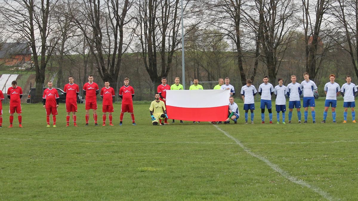 Piłkarskie granie w święto Konstytucji - Zdjęcie główne