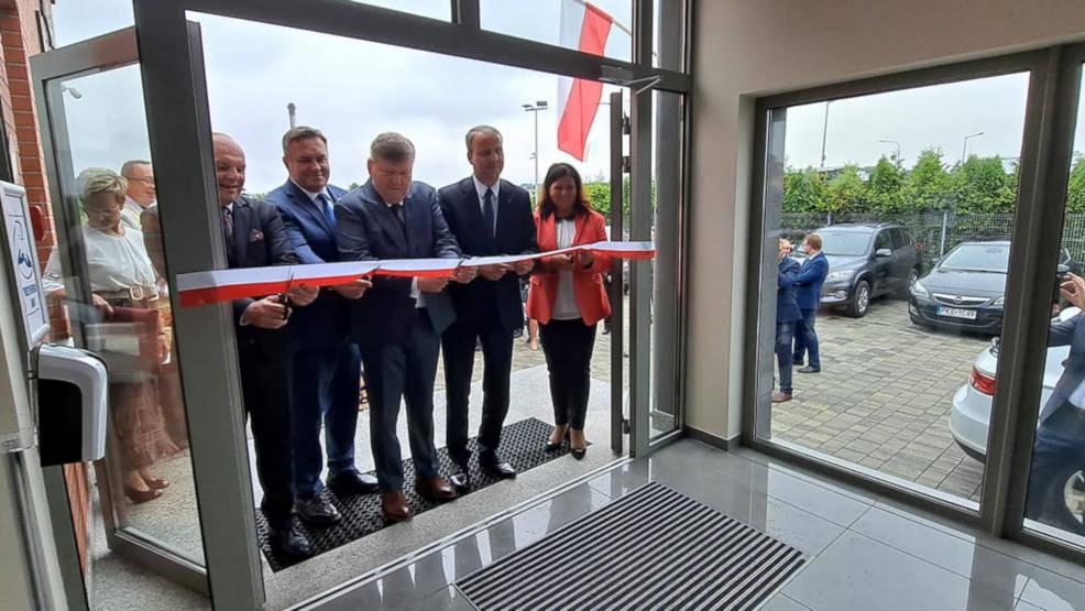 Jarocin. Powiatowy Inspektorat Weterynarii oficjalnie otwarty - Zdjęcie główne