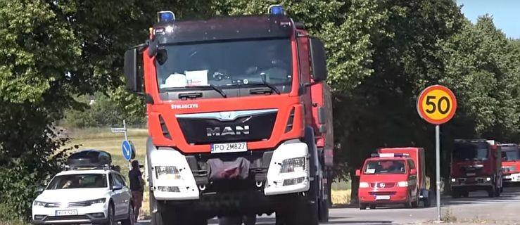 Poznajecie ten wóz strażacki? To strażacy z Jarocina już w drodze na akcję w Szwecji - Zdjęcie główne
