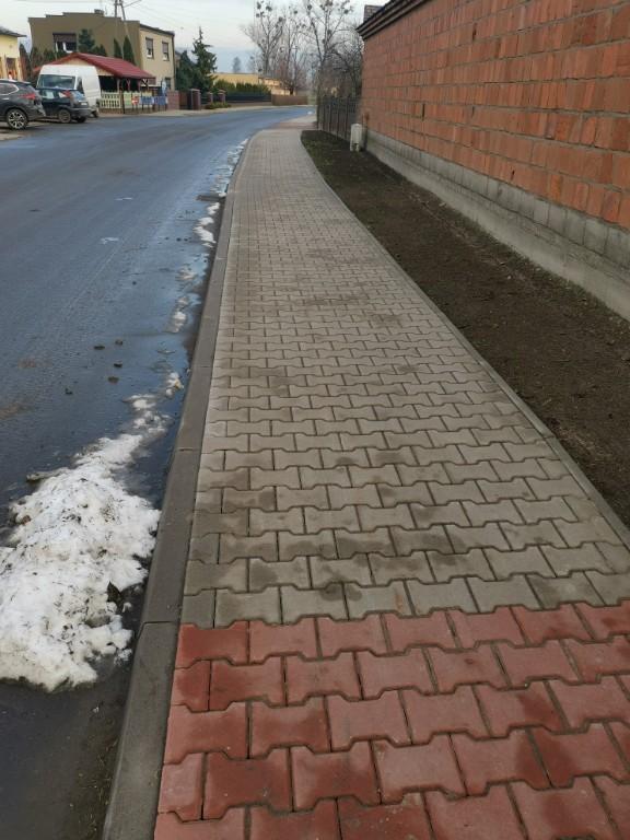 Remonty chodników w gminie Kobylin - Zdjęcie główne