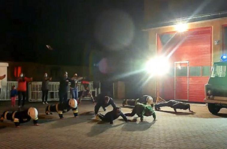 Spacerowali i pompowali dla Marcelka z Krotoszyna - Zdjęcie główne