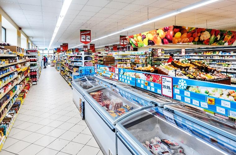 Dino otwiera sklepy w niedziele - Zdjęcie główne