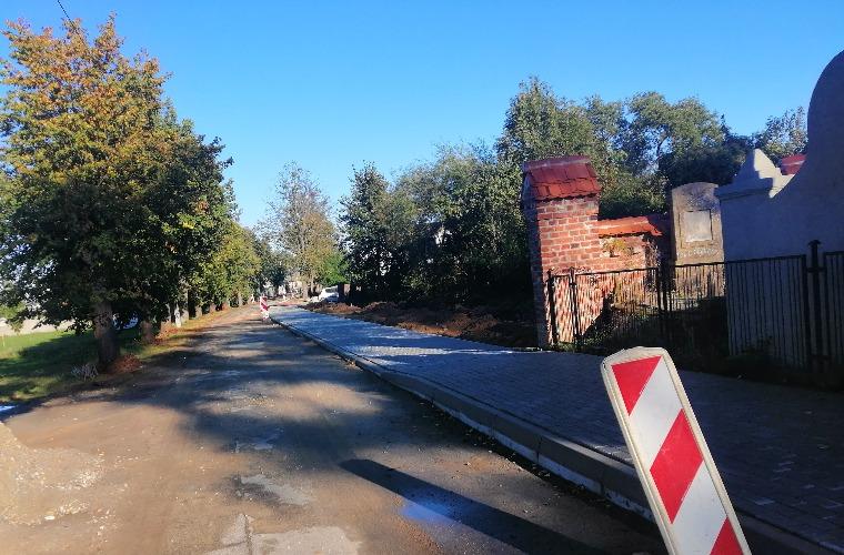 Koźmin Wlkp. Trwa modernizacja ulicy księdza Goja [FOTO] - Zdjęcie główne