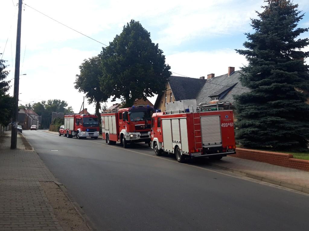 Alarm bombowy w szkole w Rozdrażewie - Zdjęcie główne