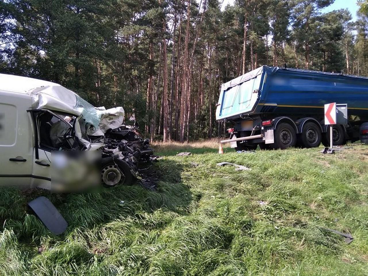 Wypadek na DK 15. Krotoszynianin zabrany śmigłowcem ratunkowym - Zdjęcie główne