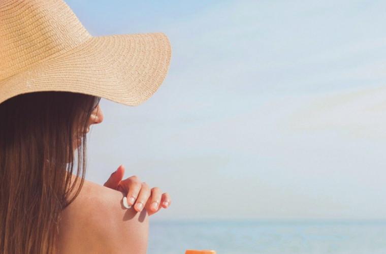 [PORADY] Jak latem pielęgnować skórę? - Zdjęcie główne