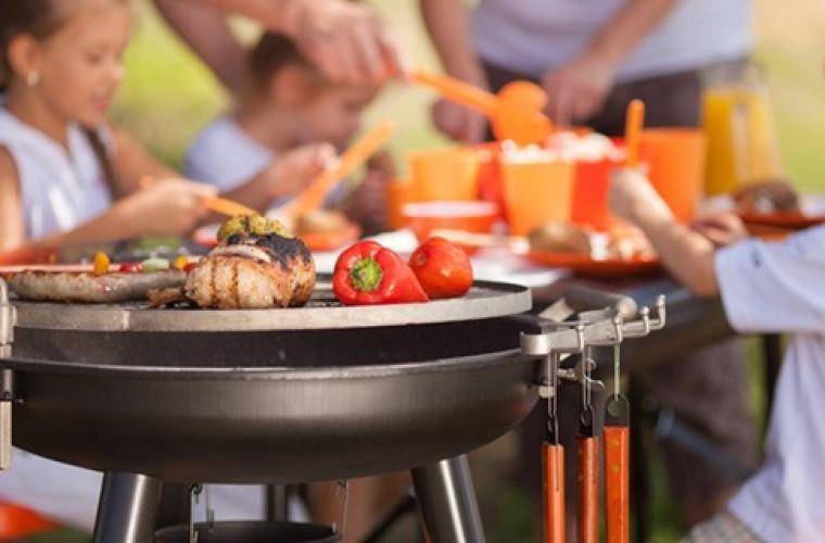 Weekend majowy to idealny czas na grilla - Zdjęcie główne