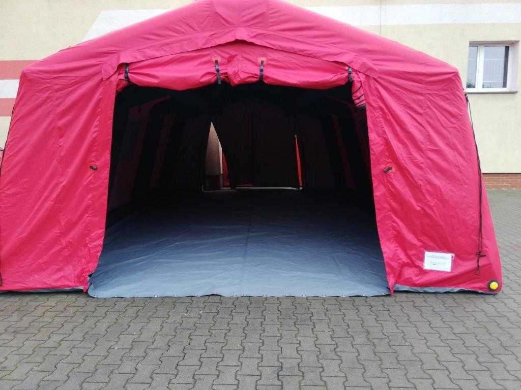 Krotoszyn. Nowy samochód i namiot pneumatyczny dla strażaków - Zdjęcie główne