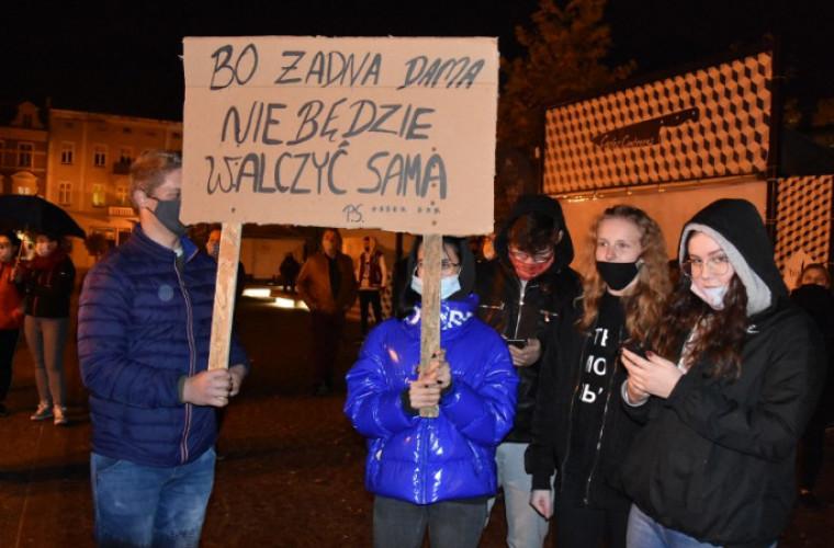 Koźmin Wlkp. Jutro koźminianki wyjdą na ulicę. Będą protestować - Zdjęcie główne