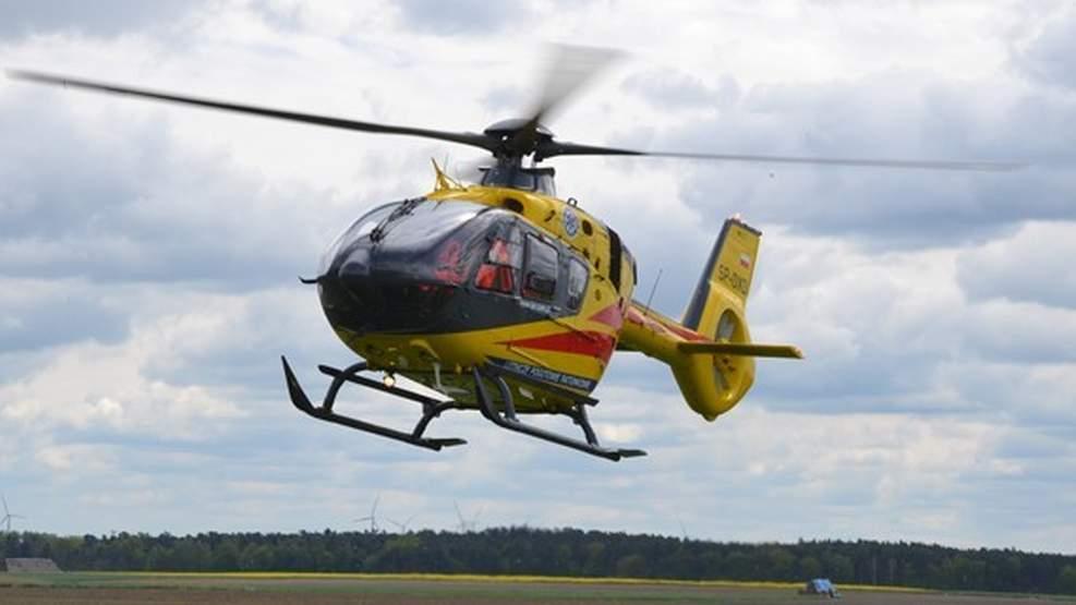 Groźny wypadek na DK 15. Dwie osoby poszkodowane - Zdjęcie główne