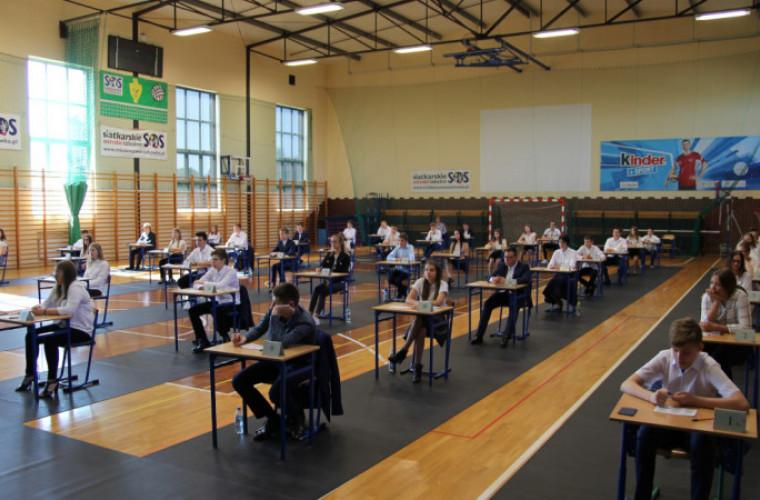 Dziś ruszają egzaminy ósmoklasisty - Zdjęcie główne