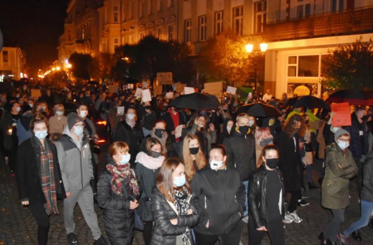 Krotoszyn. Dziś kolejny protest kobiet! - Zdjęcie główne