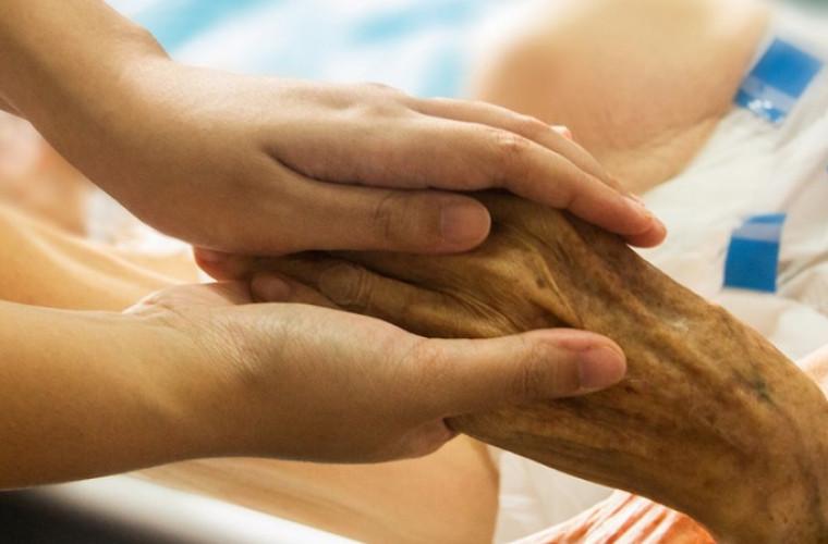Dziś obchodzimy Światowy Dzień Hospicjów i Opieki Paliatywnej - Zdjęcie główne
