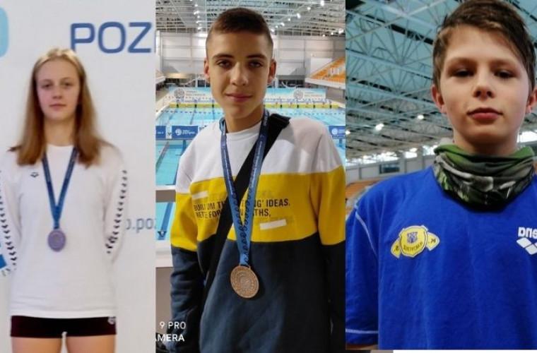 Krotoszyn. Dwa medale na młodych pływaków KS Krotosz [FOTO] - Zdjęcie główne
