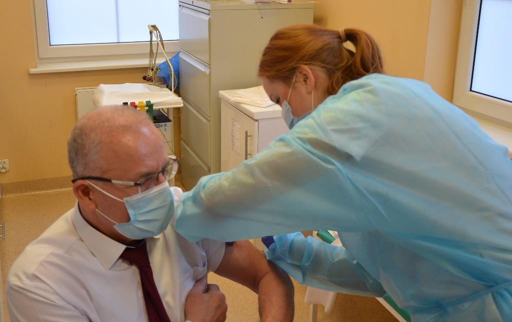Szczepienia przeciwko koronawirusowi w krotoszyńskim szpitalu - Zdjęcie główne