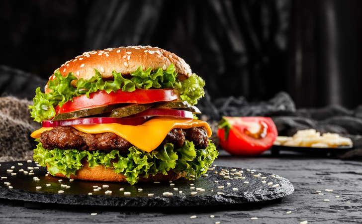 Pyszne, domowe hamburgery [PRZEPIS] - Zdjęcie główne