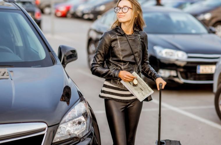 Jakie samochody wypożyczysz bez kaucji na lotnisku w Poznaniu? - Zdjęcie główne