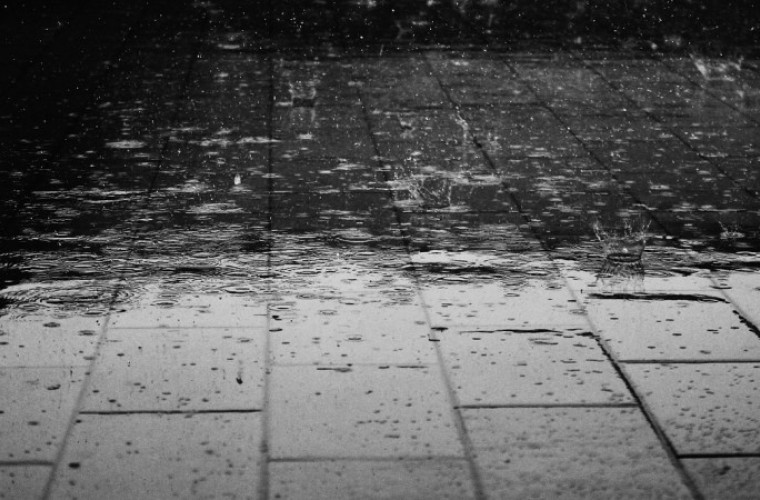 [OSTRZEŻENIE] Powiat krotoszyński. Intensywne opady deszczu - Zdjęcie główne