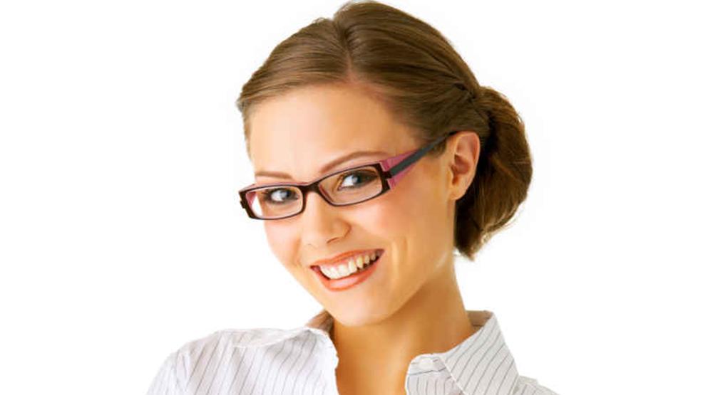 Jak zyskać pewność siebie w pracy – poradnik dla kobiet - Zdjęcie główne