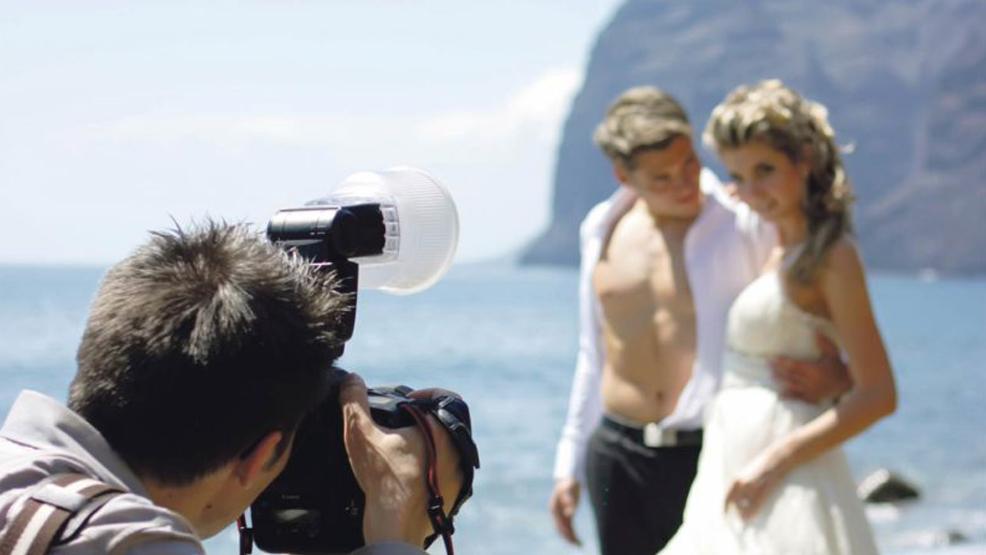 Fotograf na weselu – czyli zatrzymać wspomnienia  - Zdjęcie główne