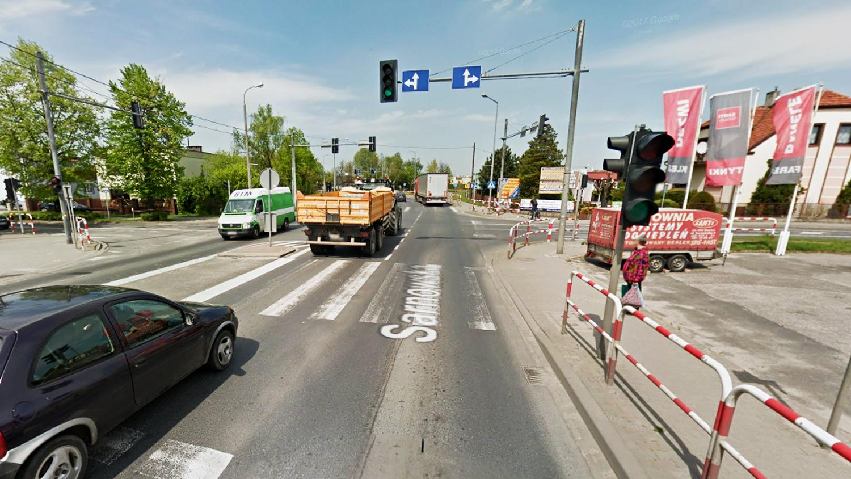 Uwaga kierowcy! Awaria sygnalizacji świetlnej na Sarnowskiej - Zdjęcie główne