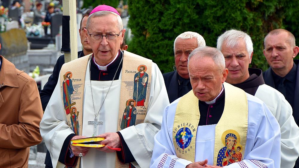 Arcybiskup Stanisław Gądecki wizytował parafię farną - Zdjęcie główne