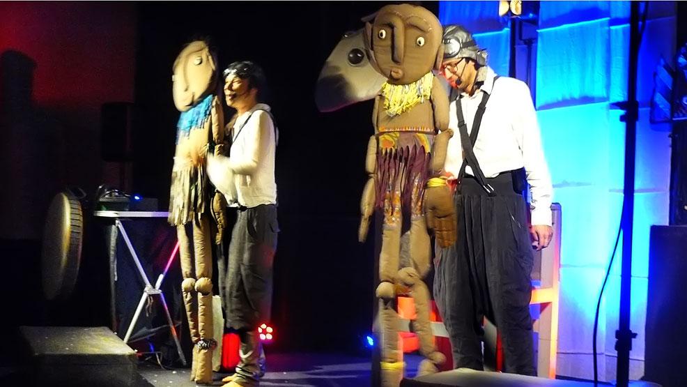 Świetny spektakl Teatru Lalek Małe Mi - Zdjęcie główne