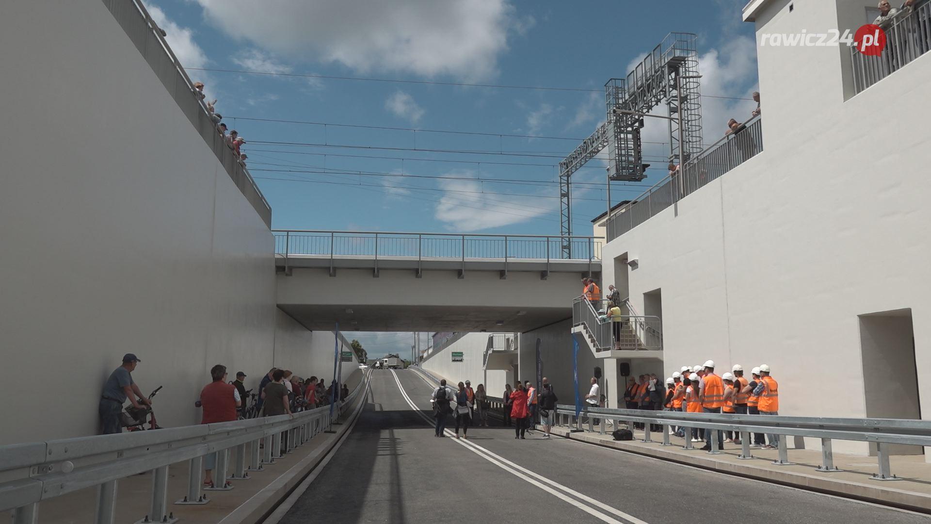 Tunel z Rawicza do Masłowa oficjalnie otwarty FOTO+FILM - Zdjęcie główne