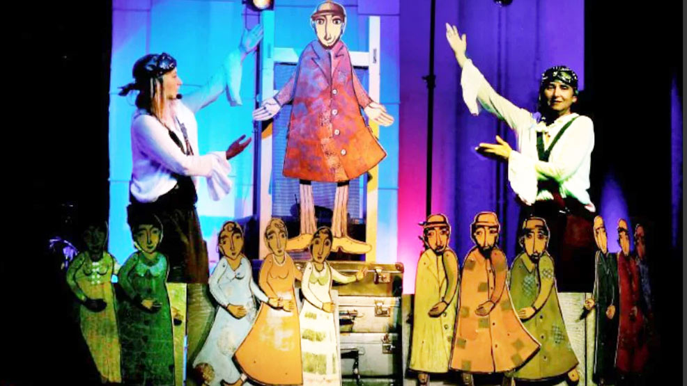 Spektakl lalkowy dla dzieci w muszli koncertowej - Zdjęcie główne