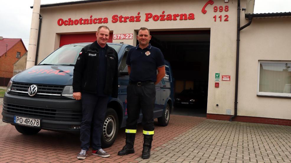 Strażacy ze Szkaradowa dostali auto od koncernu motoryzacyjnego  - Zdjęcie główne