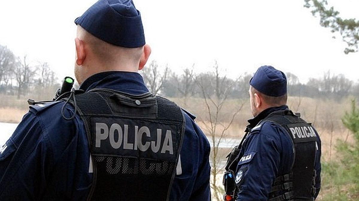 """Wizerunek polskiej policji ma poprawić konkurs """"Policjant, który mi pomógł"""" - Zdjęcie główne"""
