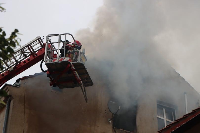 Pożar w kamienicy przy plantach. Ewakuacja mieszkańców [ZDJĘCIA, WIDEO] - Zdjęcie główne