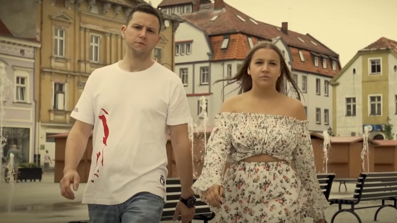 Wiktoria Wojtyczka nagrała kolejny klip. Tym razem w Rawiczu - Zdjęcie główne