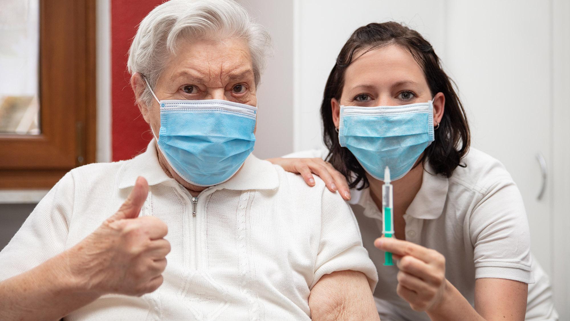 Koronawirus. Jak przygotować się do szczepienia przeciwko COVID-19? - Zdjęcie główne